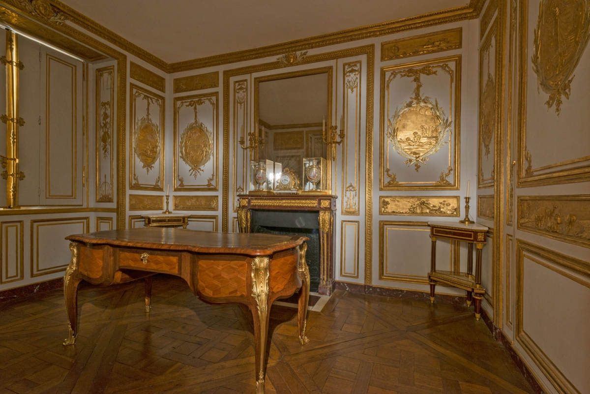 The King S Private Apartments Palace Of Versailles