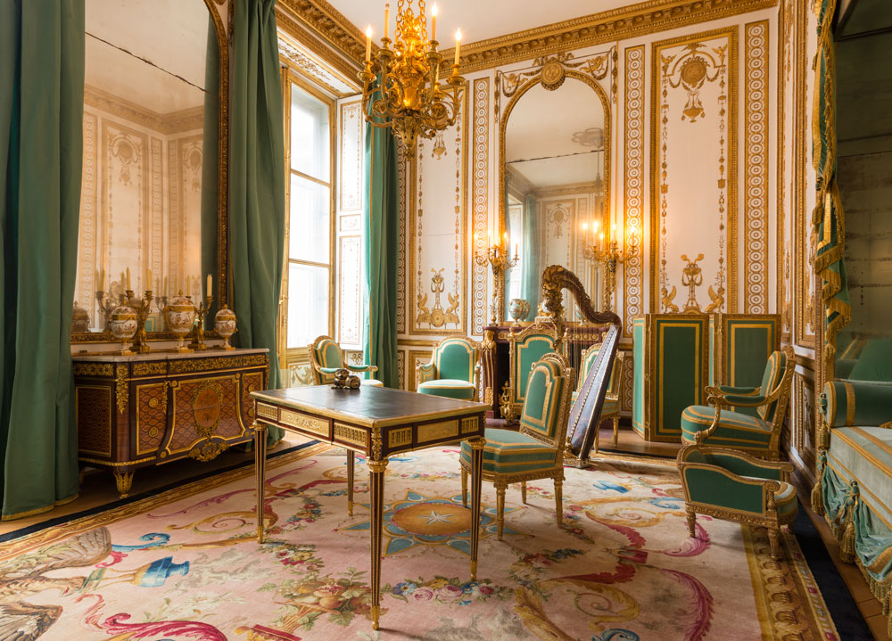 Marie antoinette s private chambers palace of versailles for Chambre louis xvi versailles