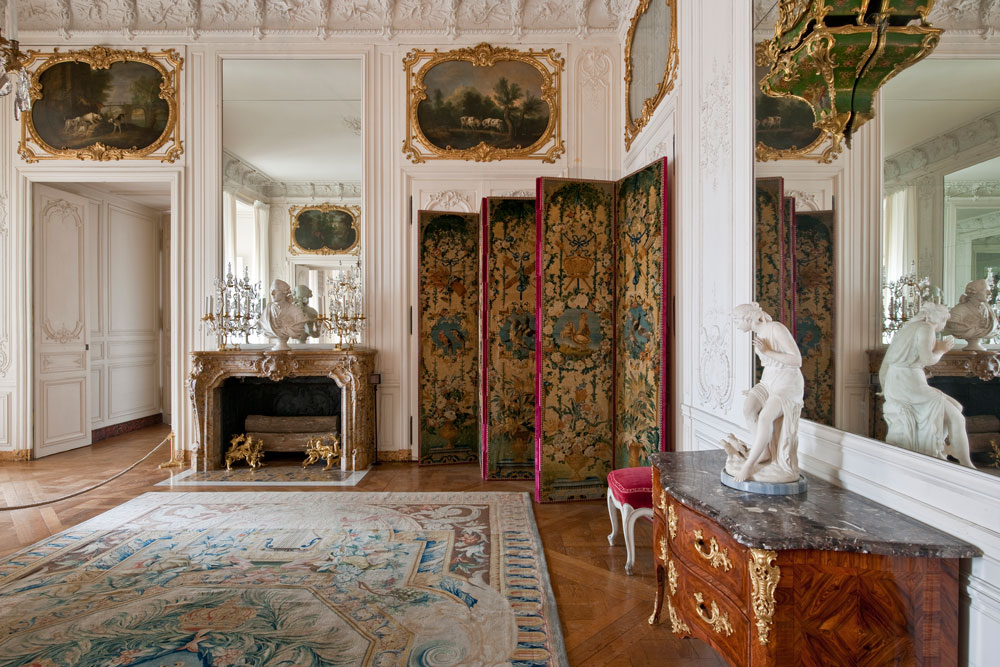 Louis xv 39 s daughters 39 apartments palace of versailles for Salle de bain louis xv