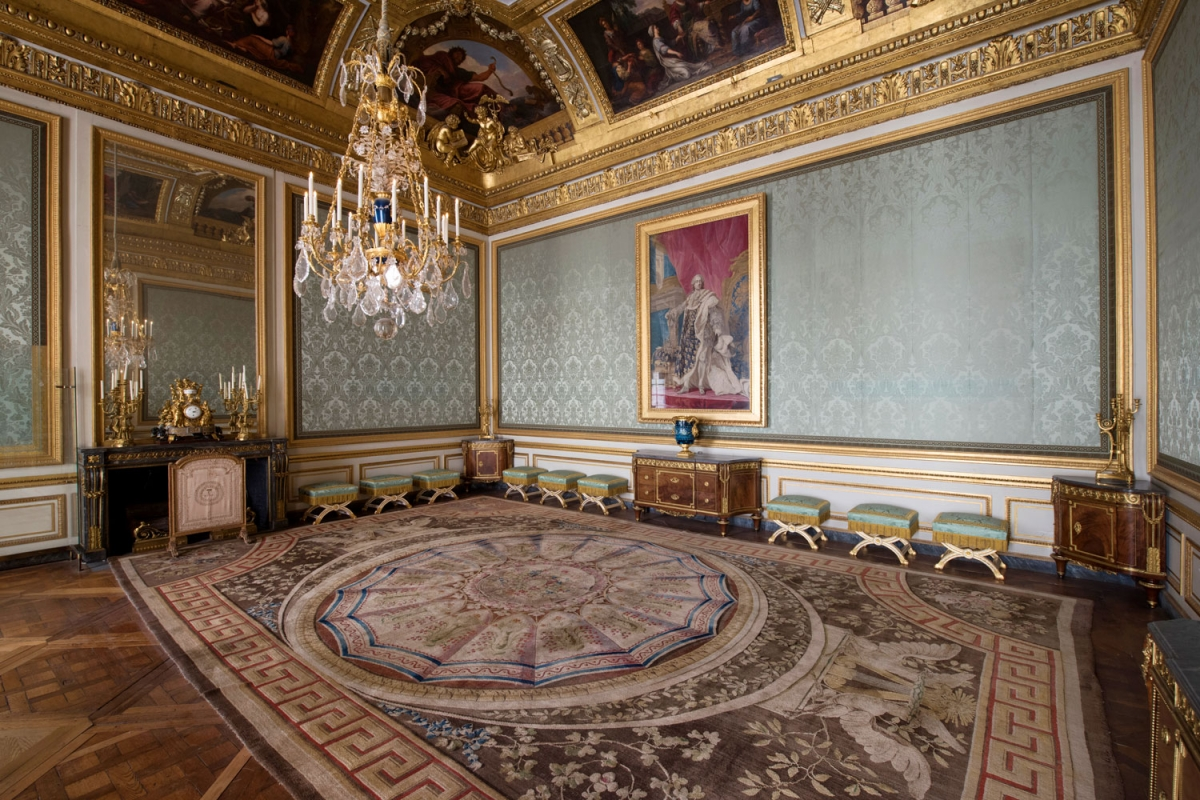 The Royal Table Antechamber