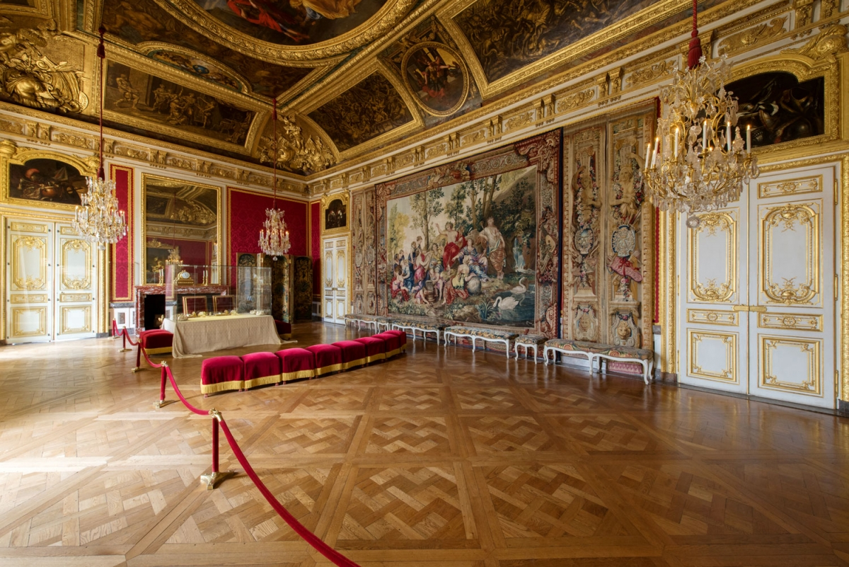 The Queen S Apartments Palace Of Versailles