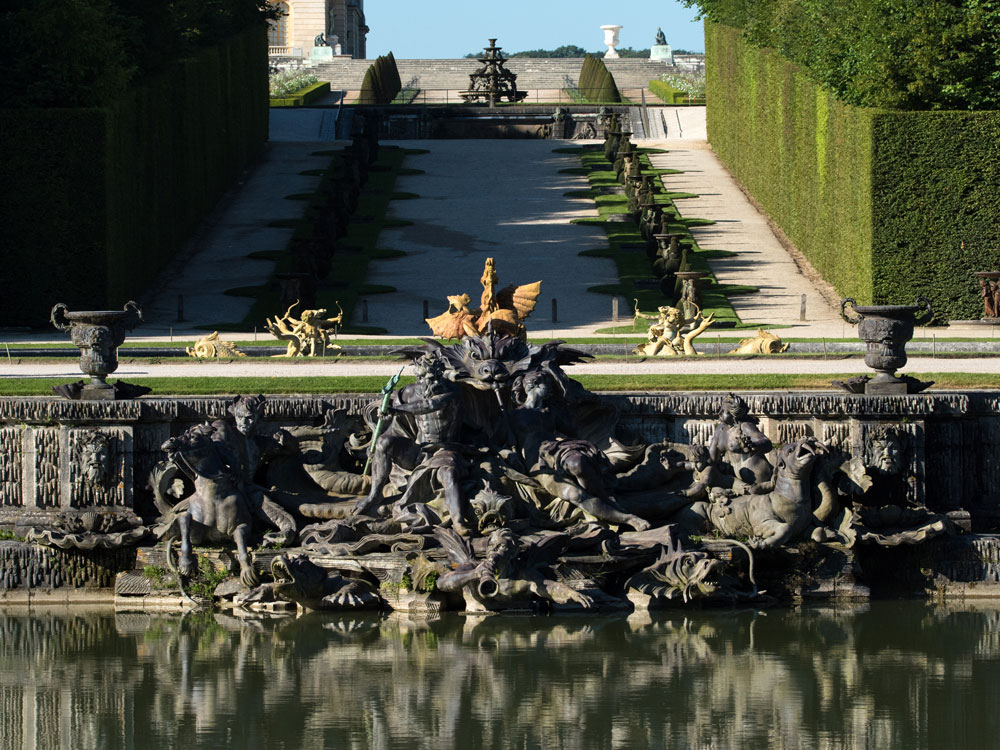 the fountains palace of versailles. Black Bedroom Furniture Sets. Home Design Ideas