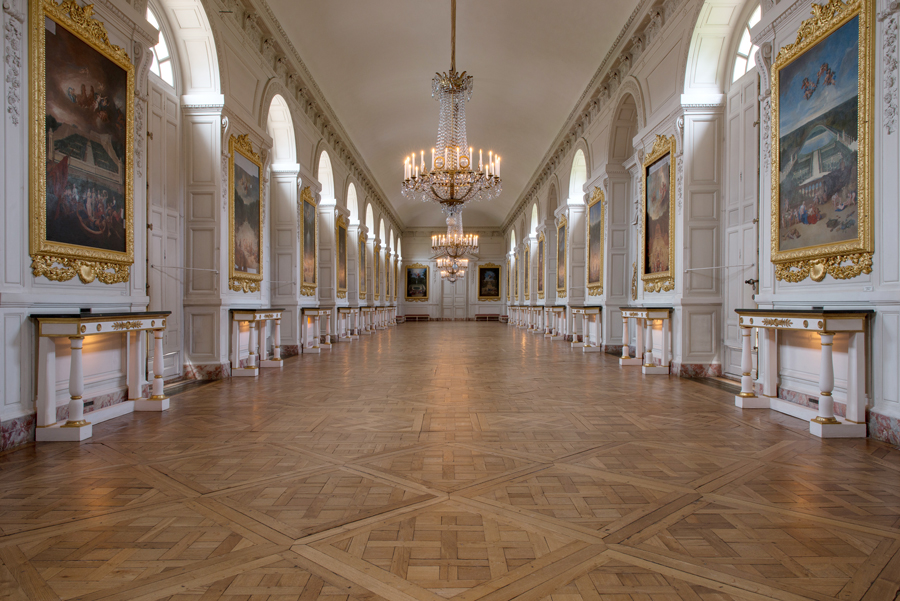 The grand trianon palace of versailles - Hotel trianon versailles ...