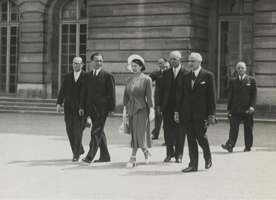 Visit by Queen Elizabeth II at Versailles 1948