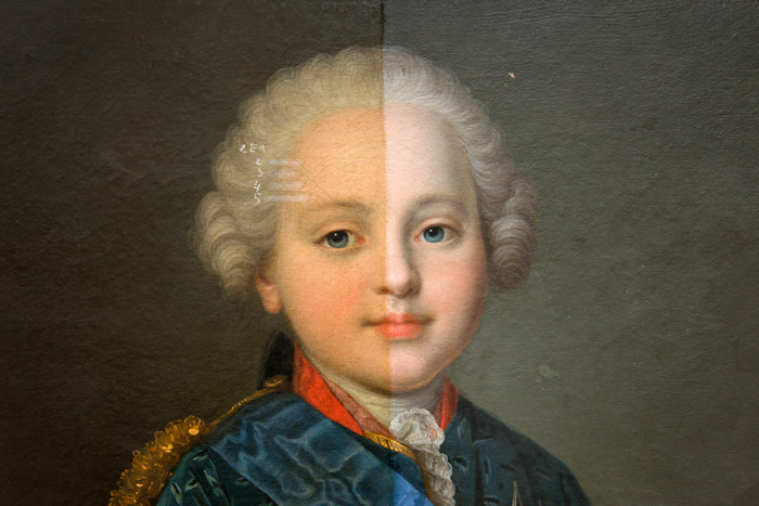 ' ' from the web at 'http://en.chateauversailles.fr/sites/default/files/tabl.jpg'